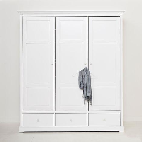 oliver furniture 3 t riger kleiderschrank wei hoch sofort lieferbar online kaufen emil. Black Bedroom Furniture Sets. Home Design Ideas