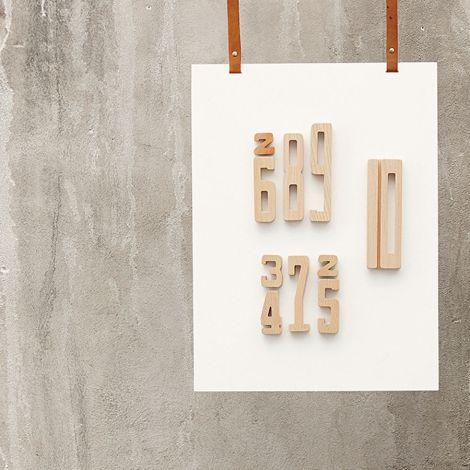 byASTRUP Zahlen aus Holz Rechnen lernen 15-teilig