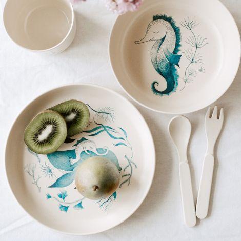 by Lille Vilde Geschirrset Under The  Sea Cream & Water Colour 5-teilig