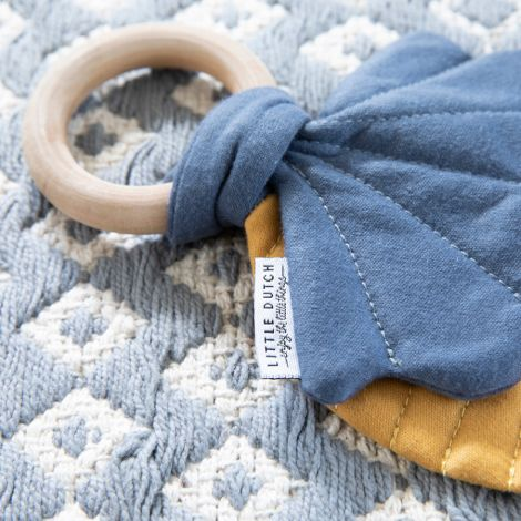 Little Dutch Knister-Spielzeug Blätter Gelb/Blau