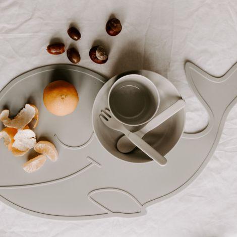 by Lille Vilde Platzset Wal Grey
