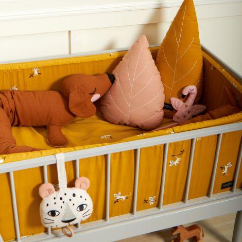 Roommate Kuscheltier Lazy Long Dog Brown Bio-Baumwolle