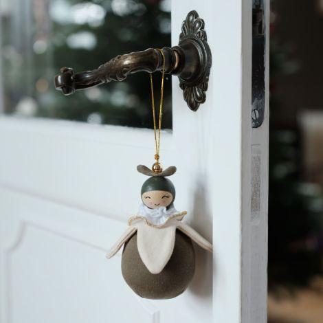 Fabelab Anhänger Püppchen Wish Keeper Snowdrop Bio-Baumwolle