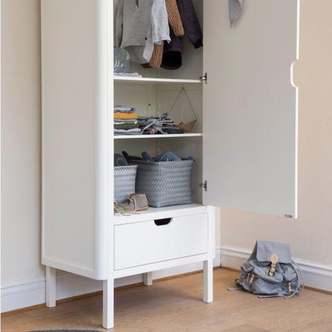 sebra kleiderschrank 1 t rig wei online kaufen emil. Black Bedroom Furniture Sets. Home Design Ideas