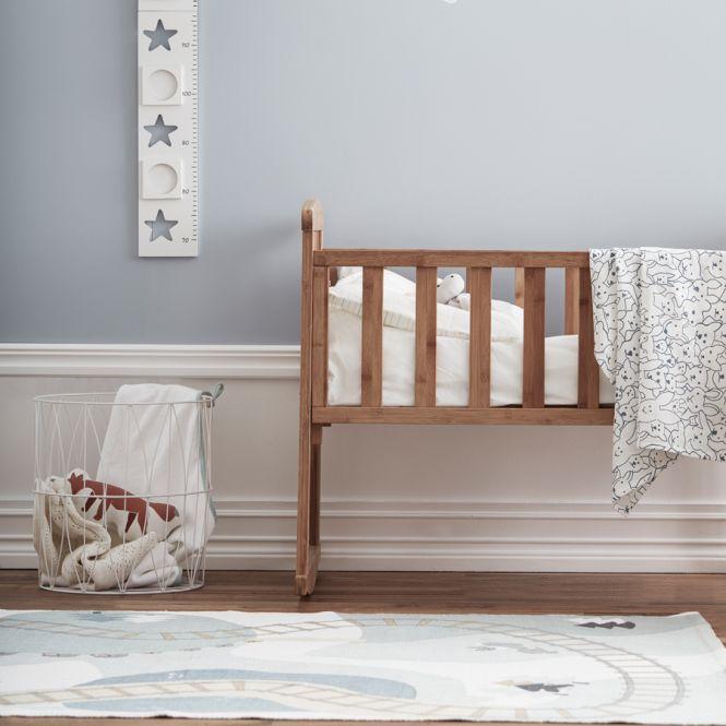 Kids concept teppich wald edvin wei gr n multi online for Kinderzimmer teppich wald