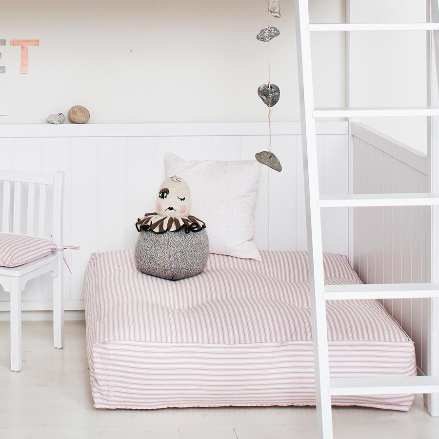oliver furniture bodenkissen rosa streifen online kaufen. Black Bedroom Furniture Sets. Home Design Ideas