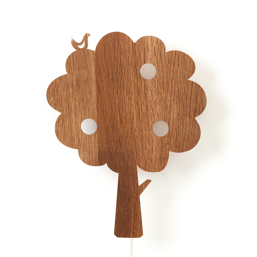 ferm living wandlampe tree smoked oak online kaufen emil paula kids. Black Bedroom Furniture Sets. Home Design Ideas