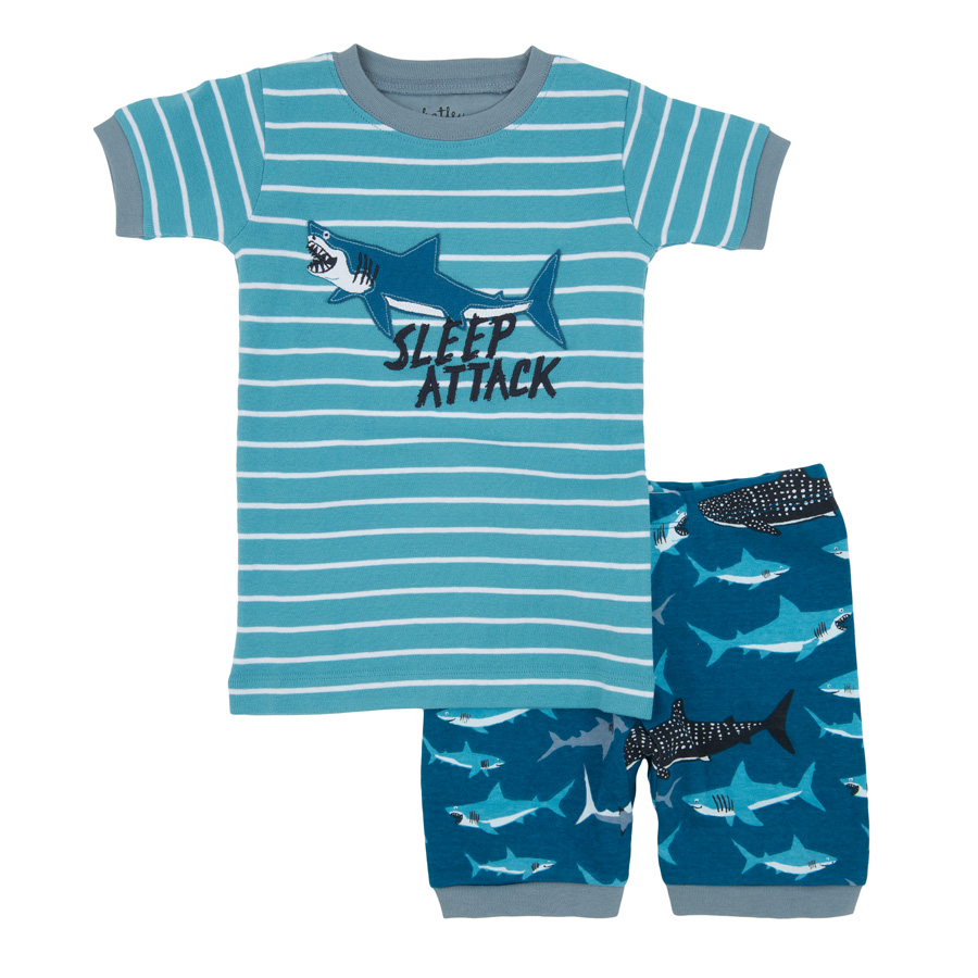 hatley kinder schlafanzug set kurz lots of sharks sleep attack online kaufen emil paula kids. Black Bedroom Furniture Sets. Home Design Ideas