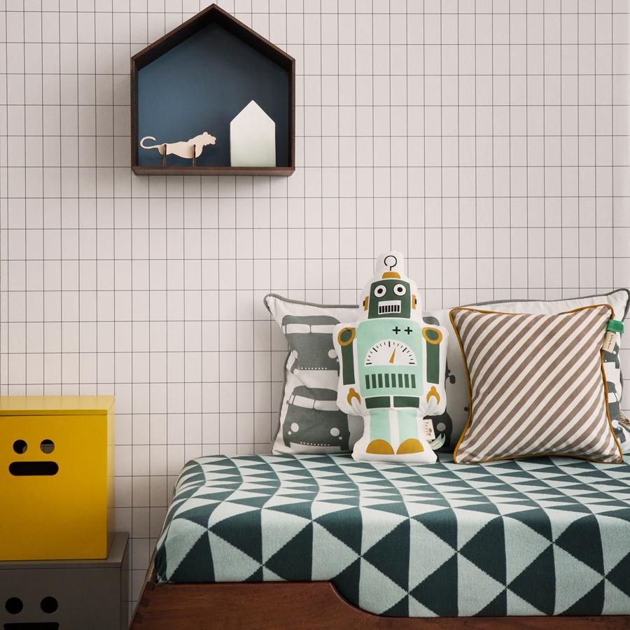 ferm living mr small robot kissen online kaufen emil. Black Bedroom Furniture Sets. Home Design Ideas
