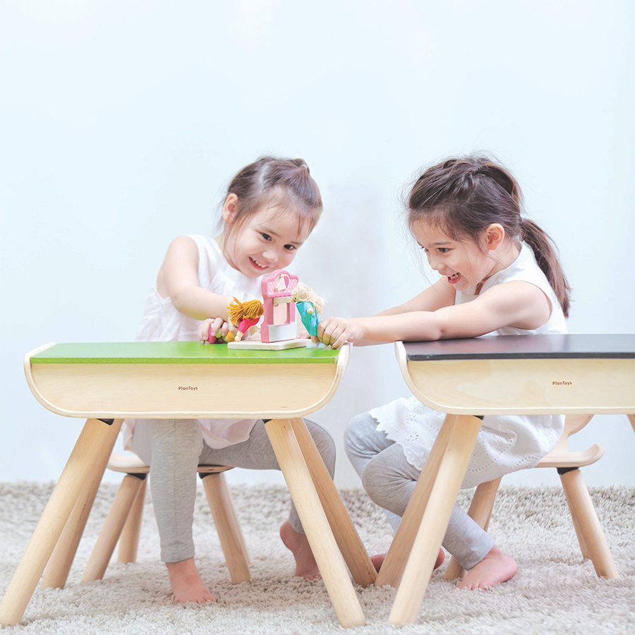 plantoys schreibtisch stuhl schwarz online kaufen emil. Black Bedroom Furniture Sets. Home Design Ideas