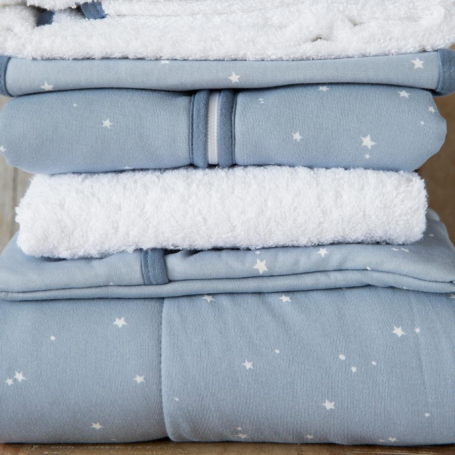 little dutch kinderwagen kissenbezug 80x80 little stars blue online kaufen emil paula kids. Black Bedroom Furniture Sets. Home Design Ideas