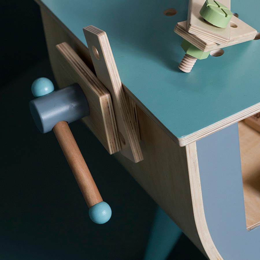 Sebra spielzeug werkbank online kaufen emil paula kids for Schreibtisch quietscht