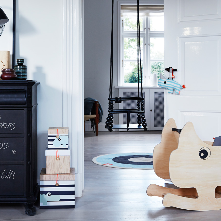 done by deer teppich rund blau online kaufen emil paula kids. Black Bedroom Furniture Sets. Home Design Ideas