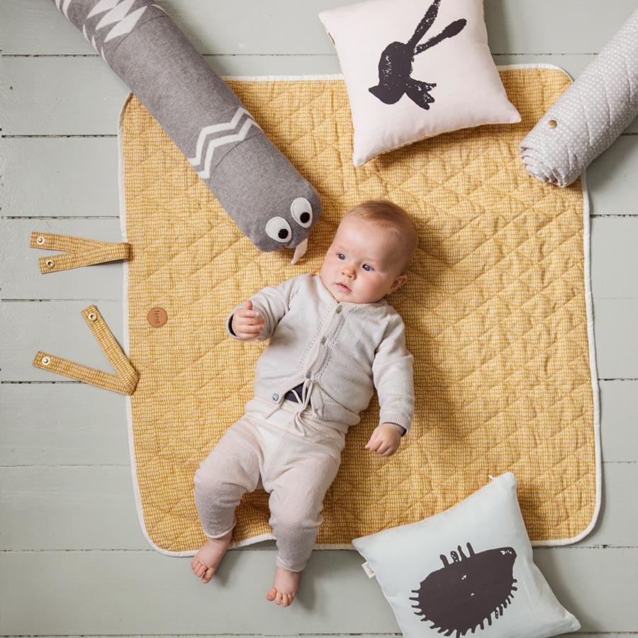 ferm living grey cross wickel decke online kaufen emil paula kids. Black Bedroom Furniture Sets. Home Design Ideas
