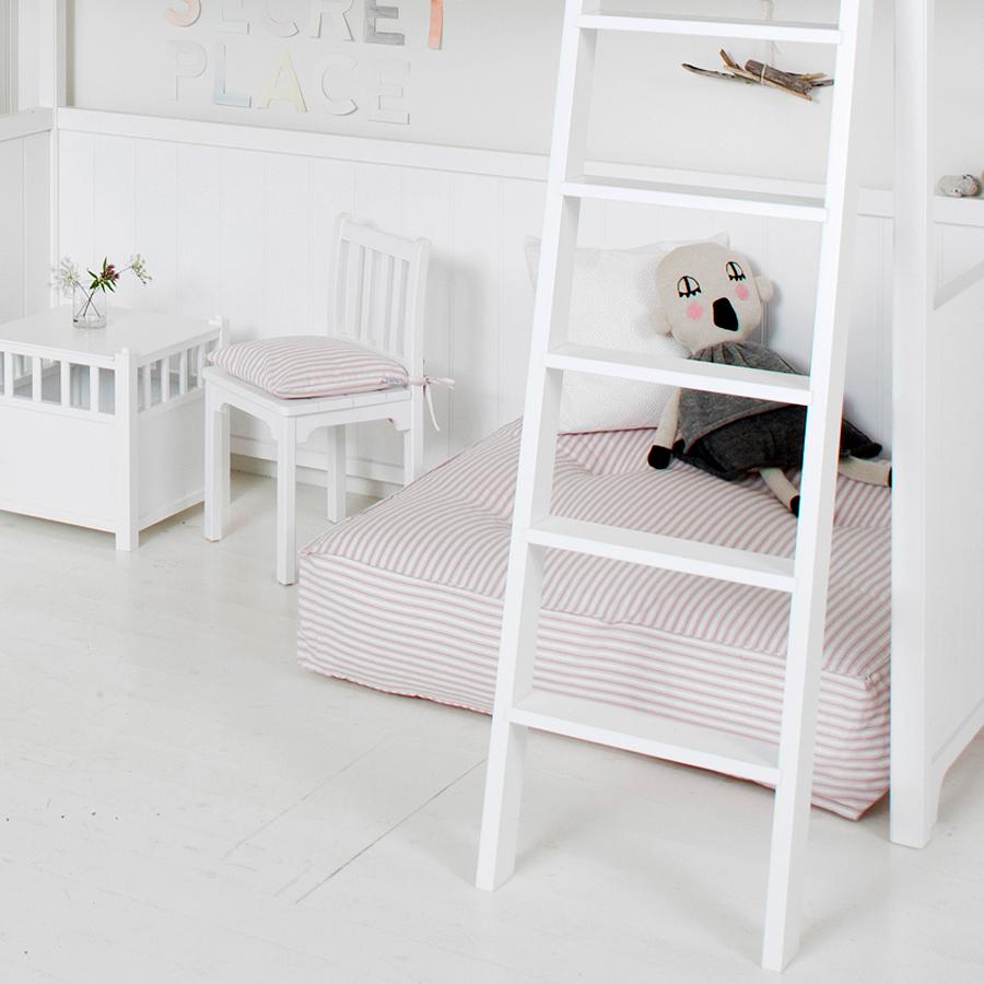oliver furniture bodenkissen rosa streifen online kaufen emil paula kids. Black Bedroom Furniture Sets. Home Design Ideas