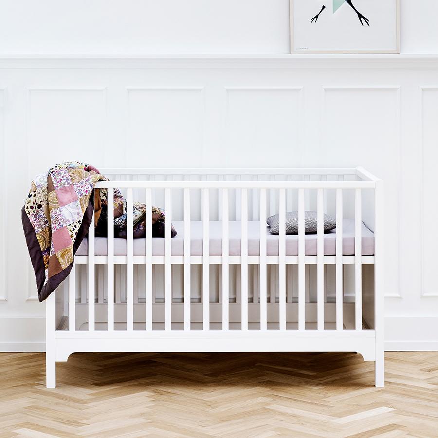 oliver furniture baby und kinderbett seaside wei sofort lieferbar online kaufen emil. Black Bedroom Furniture Sets. Home Design Ideas