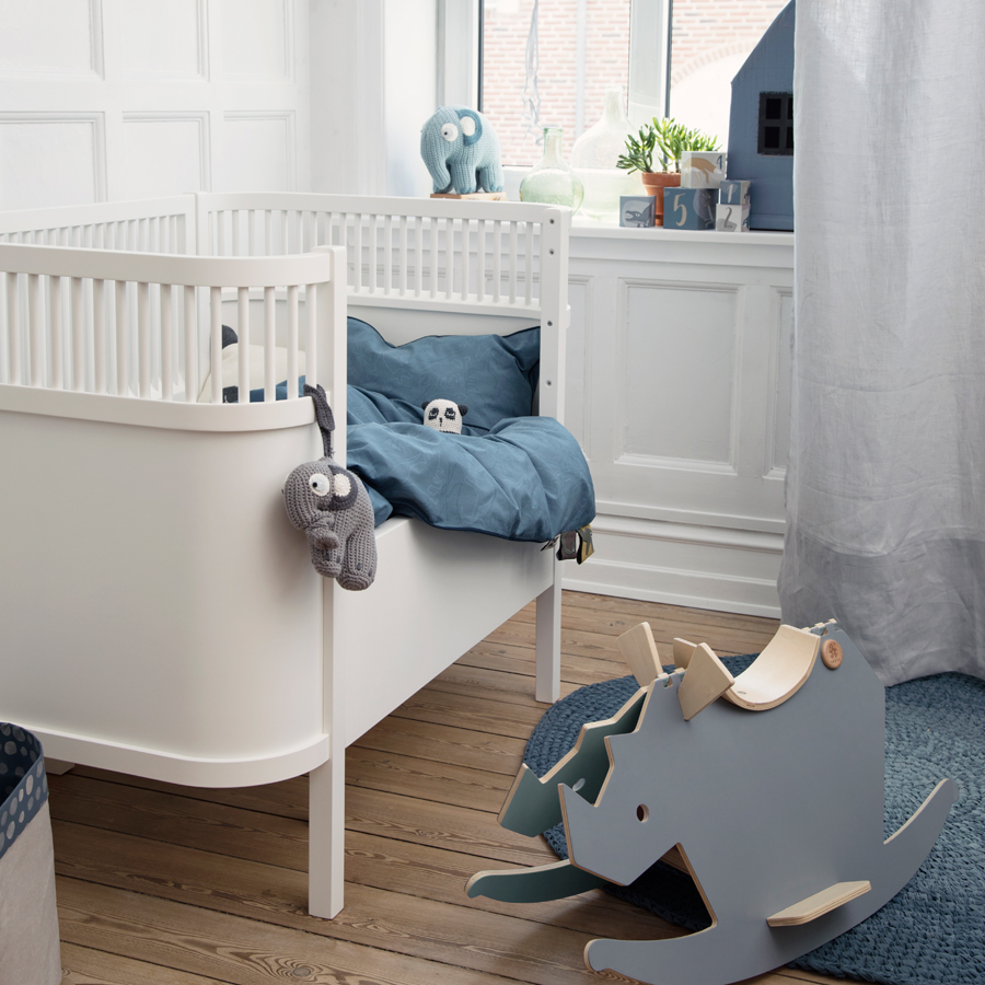 sebra baby und juniorbett kili wei online kaufen emil paula kids. Black Bedroom Furniture Sets. Home Design Ideas