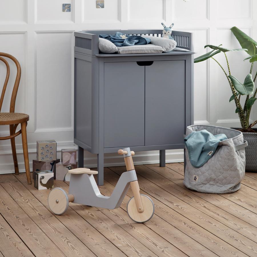 sebra holz roller laufrad grau online kaufen emil paula kids. Black Bedroom Furniture Sets. Home Design Ideas